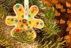 装饰的明亮圣诞节曲奇饼 库存照片