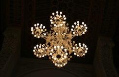装饰的枝形吊灯 免版税库存照片