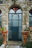 装饰的门老城镇 免版税库存图片