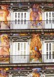 装饰的门面和阳台广场市长的,马德里 免版税图库摄影