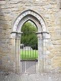装饰石头曲拱门户 免版税库存照片