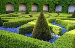 装饰绿色公园 免版税库存照片