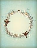 装饰葡萄酒手拉的花圈 库存图片