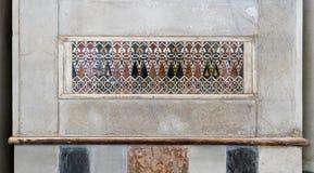 装饰马赛克上色了盘区,苏丹Qalawun,开罗清真寺  库存照片