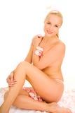 裸体上升了坐的妇女 免版税图库摄影