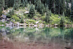 褐红的湖在科罗拉多 库存图片