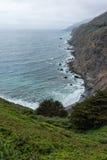 从褴褛点,加利福尼亚的大瑟尔海岸线 库存照片