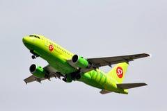 西伯利亚航空公司空中客车A319 图库摄影