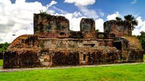 西兰省堡垒废墟在海岛Essequibo三角洲的,圭亚那上的 免版税库存图片