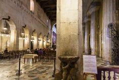 西勒鸠斯大教堂内部在西西里岛 库存图片