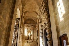 西勒鸠斯,意大利- 2012年10月06日:圣诞老人露西娅大教堂内部  库存照片
