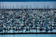 西北美国小游艇船坞 免版税库存照片