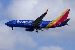 西南航空公司喷气式客机波音737 免版税库存照片
