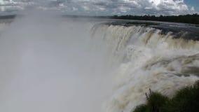 巴西和阿根廷的边界的伊瓜苏瀑布 股票录像