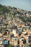 巴西山坡Favela陋屋地区里约热内卢巴西 库存照片