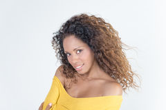 巴西微笑的妇女 免版税库存照片
