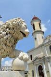 西恩富戈斯大教堂有狮子头的(古巴) 免版税库存照片