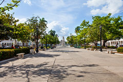 西恩富戈斯,古巴- 2016年12月17日:何塞马蒂公园 库存图片