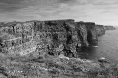 西方峭壁海岸著名爱尔兰的毛海织物 免版税图库摄影