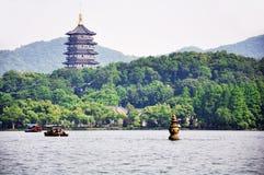 西方杭州的湖 库存照片