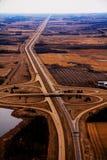 西方空中coverleaf的高速公路 免版税库存照片