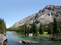 西方美丽的小河叉子蒙大拿的岩石 库存照片