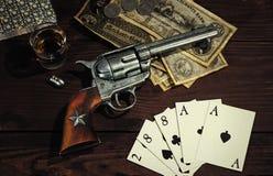 西方老的左轮手枪 免版税库存图片