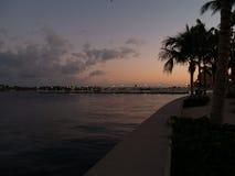西棕榈海滩日落 免版税库存图片