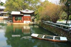 西湖(xihu)在中国的杭州在雪以后的冬天 图库摄影