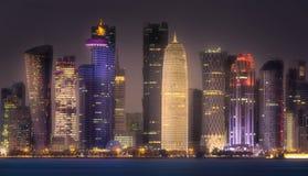 西湾和多哈市中心,卡塔尔地平线  免版税图库摄影