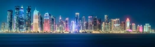 西湾和多哈市,卡塔尔地平线  免版税图库摄影