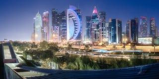 西湾和多哈市,卡塔尔地平线  库存图片