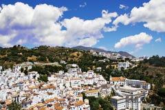 西班牙人典型的村庄 免版税库存图片