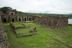 西班牙人废墟留在巴拿马 免版税库存照片