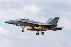 西班牙人空军队Ejercito del亚耳麦克当诺道格拉斯公司EF-18B大黄蜂多角色战机CE15-01 图库摄影