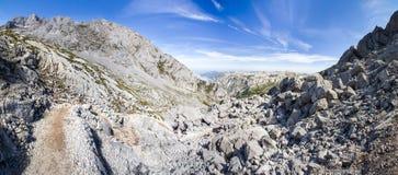 西班牙全景山风景 免版税库存照片