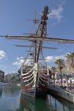 西班牙军舰Santisima特立尼达复制品在阿利坎特港口 库存照片