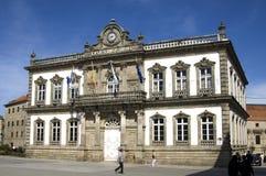 西班牙城市蓬特韦德拉的老市政厅在加利西亚 免版税库存照片