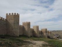 西班牙堡垒-防御墙壁在阿维拉(à 维拉)在西班牙 免版税库存图片