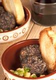 西班牙塔帕纤维布morcilla和鹰嘴豆 库存照片