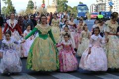 西班牙妇女和女孩在巴伦西亚,西班牙 免版税库存照片