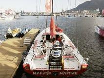 西班牙小船Mapfre在开普敦,南非 免版税库存照片