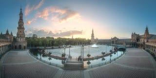 西班牙广场在塞维利亚,西班牙玛丽亚路易莎公园  库存图片