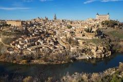西班牙托莱多 中世纪城市托莱多鸟瞰图在12月 库存照片