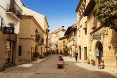 西班牙村庄在巴塞罗那是一个露天博物馆 卡塔龙尼亚, 库存图片