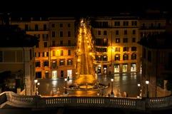 西班牙正方形在罗马在晚上之前 免版税库存照片