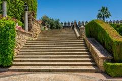 西班牙步在城堡de los雷耶斯克里斯特的皇家庭院里 库存图片