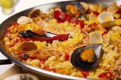 西班牙海鲜米肉菜饭,关闭 免版税库存图片