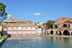 西班牙温泉渡假胜地的罗马浴在塔拉贡纳 库存照片