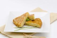 西班牙烹调。西班牙煎蛋。玉米粉薄烙饼de patatas。 免版税库存图片